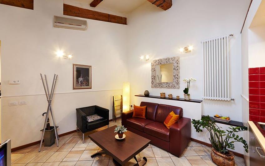 Appartamenti piazza del duomo a firenze nel cuore di for Appartamenti firenze